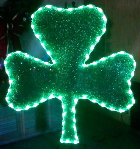 5' Glitter Mesh Shamrock